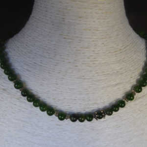 Collier- pierres chrome diopside