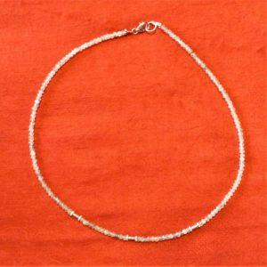 Collier-pierres prehnite